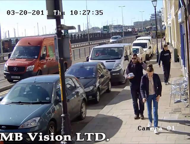 IP камера 1.3 мегапиксела, вариофокална Hikvision - демо